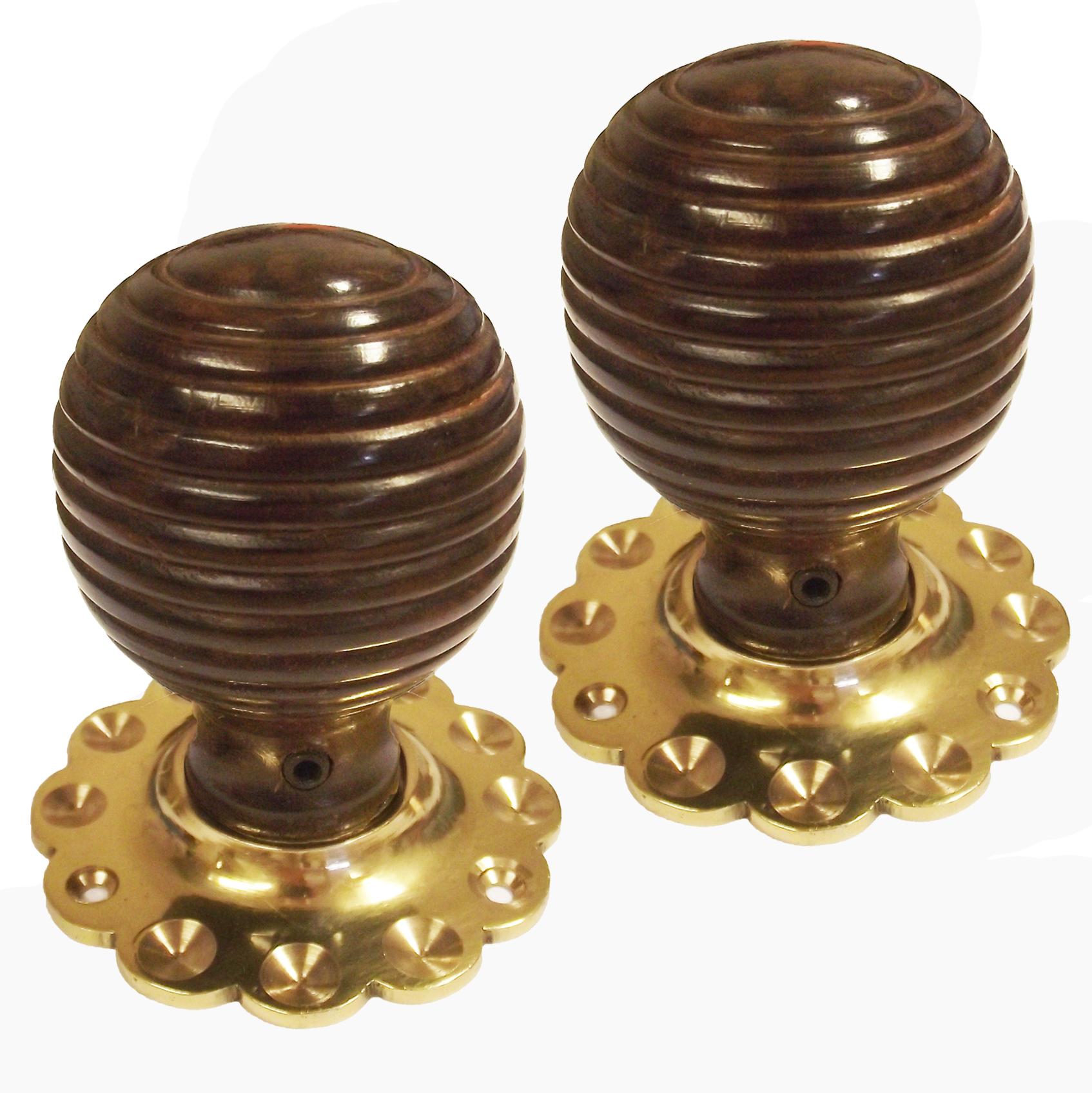 Islington Oak & Brass Doorknobs